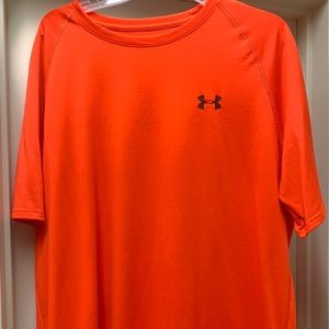 Under Armour Lot (5 shirts)